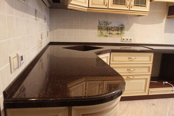 Каменная столешница для кухни
